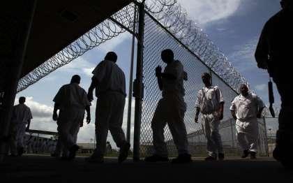 Reduce drug sentences to lower Texas' prison population [Editorial]